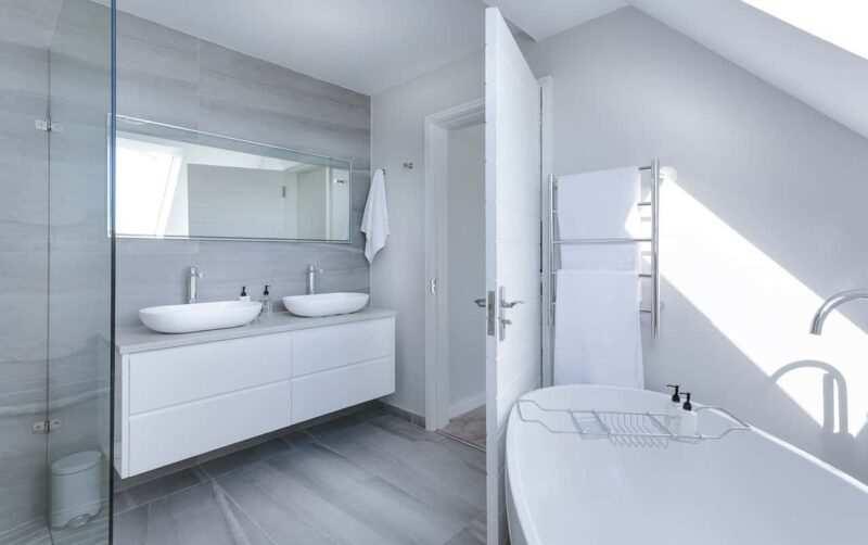 Bagno minimalismo architettura 800x502 - Minimalismo: vivere felicemente con poco