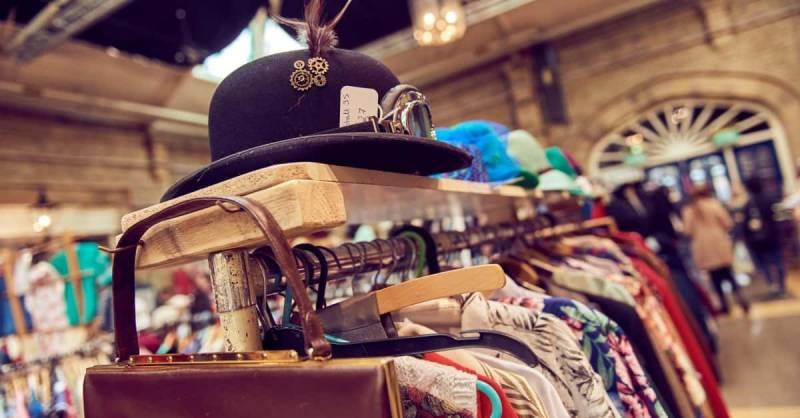 Vestiti usati swap party 800x418 - Vestiti usati: un business ecologico, come organizzare un perfetto swap party
