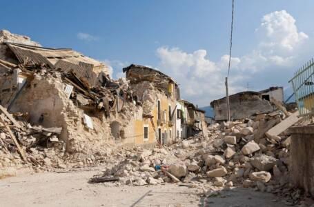 palazzi crollati per terremoto