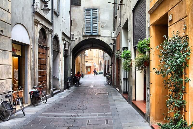Reggio Emilia via del centro storico - Reggio Emilia per Emilia 2020: un anno di eventi artistici e culturali