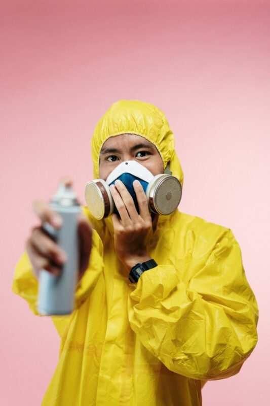 Disinfezione Sanificazione Ambiente operatore scaled 533x800 - Come sanificare l'ambiente durante il coronavirus