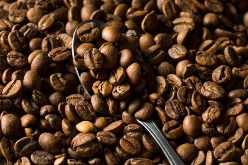 caffè napoletano scaled 800x533 - Liquore al caffè: la ricetta originale facile e veloce per preparalo a casa