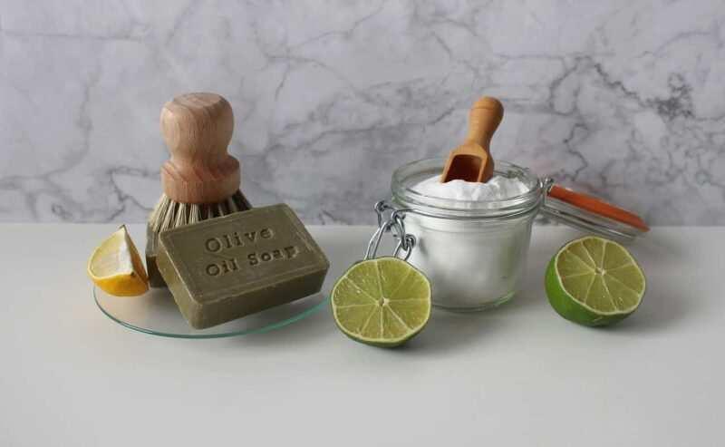detersivi fai da te naturali bicarbonato olio 800x493 - Detersivi fai da te naturali: prodotti efficaci ed economici, pensando allo spreco