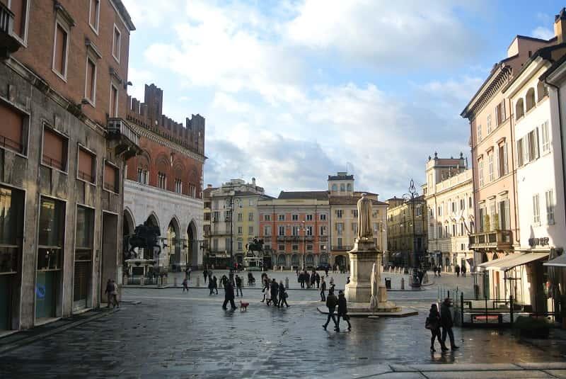 Piacenza Piazza dei Cavalli - Piacenza, il piacere di gustare la cucina tradizionale