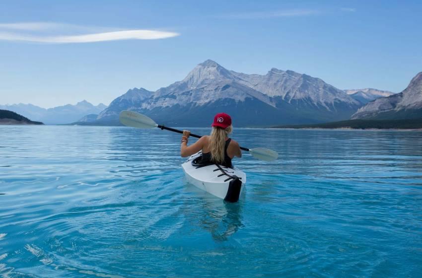 Donne sole, dove vanno in vacanza – Guida e consigli utili