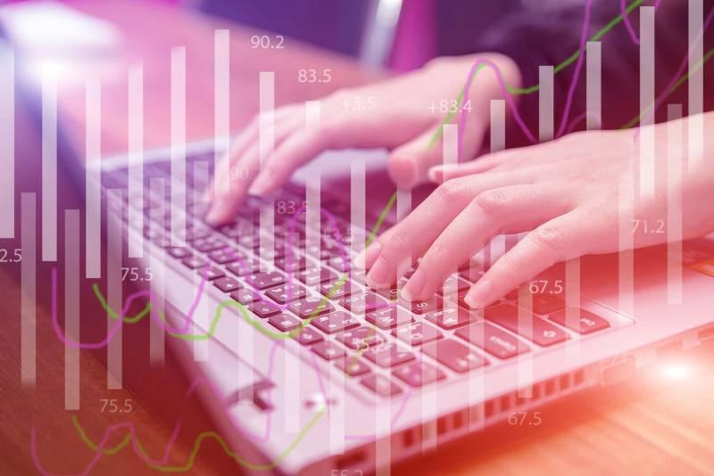 Pratiche online 1 800x534 - Pratiche online: i vantaggi della burocrazia digitale