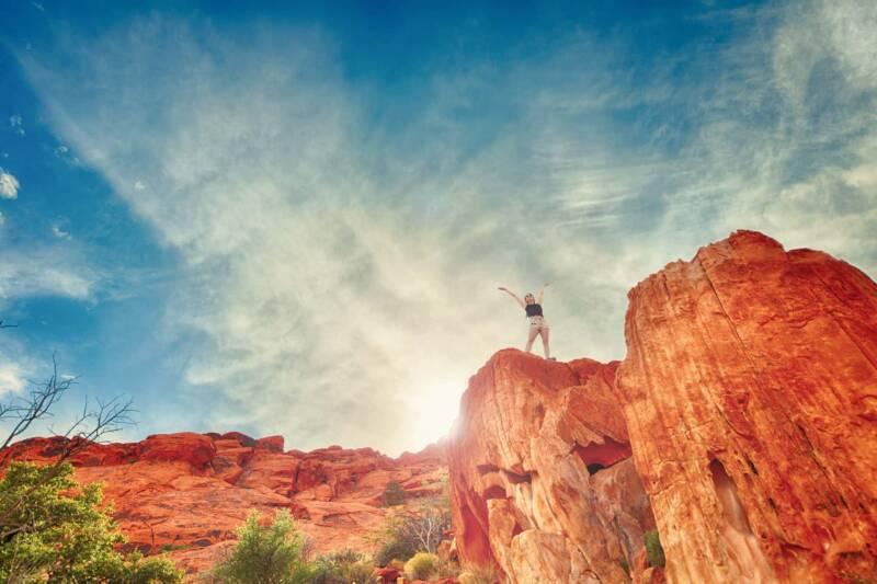 donne che viaggiano da sole 800x533 - Donne che viaggiano da sole: come superare la paura