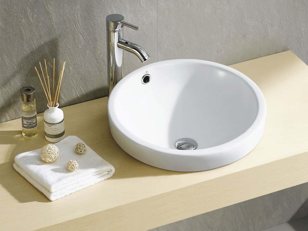 iperceramica lavabo bagno - Un tocco di colore al bagno con lavabi e sanitari