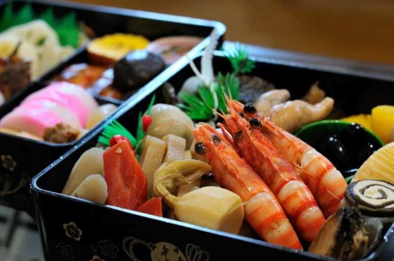 sampuru larte del cibo finto giapponese 1 scaled 800x531 - Sampuru, l'arte del cibo giapponese finto (video)