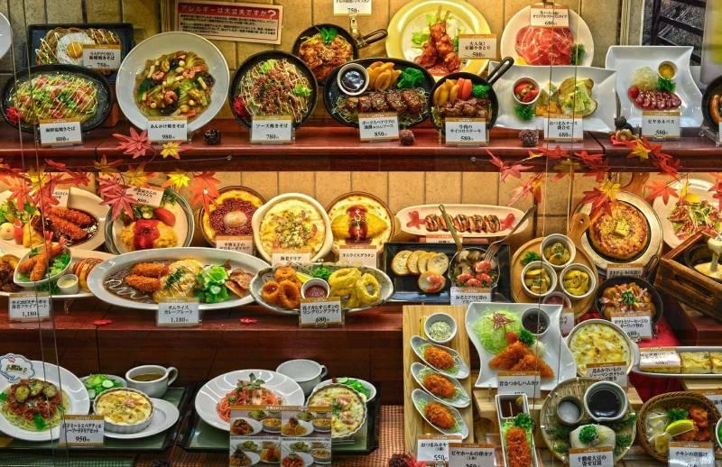 sampuru larte del cibo finto giapponese 800x518 - Sampuru, l'arte del cibo finto giapponese (video)