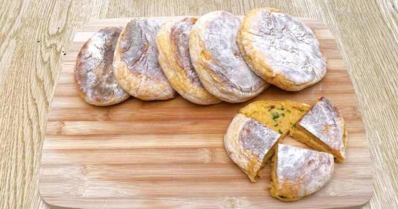 Bolo do caco 800x420 - Tipologie di pane: quanti ne esistono, curiosità e differenze