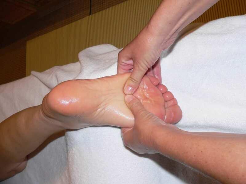 come massaggiare i piedi contro i geloni 800x600 - Geloni ai piedi, come massaggiarli
