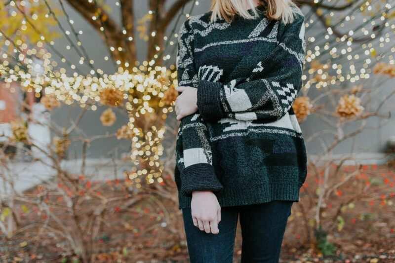 maglione regalo natale 800x533 - Regali natalizi per la coppia (e consigli per lui e per lei)