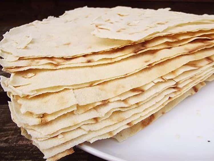 pane carasau in cucina - Tutto sul pane carasau: storia, preparazione ed utilizzi