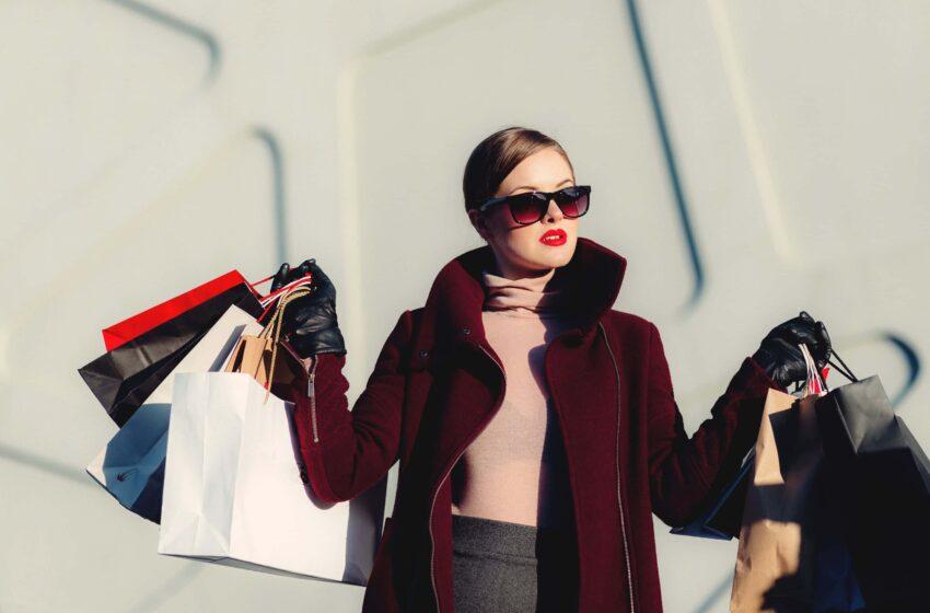Per un futuro sostenibile scegli le shopper di carta