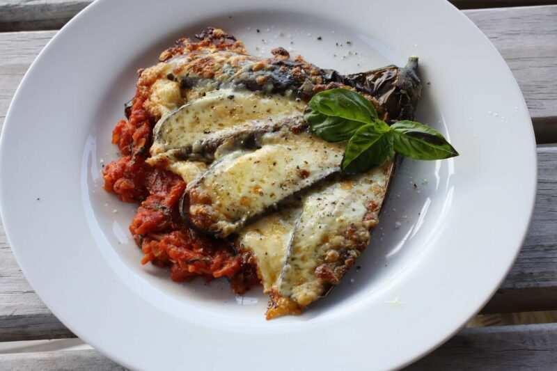 melanzane alla parmigiana al forno 800x533 - Melanzane alla parmigiana ricetta originale