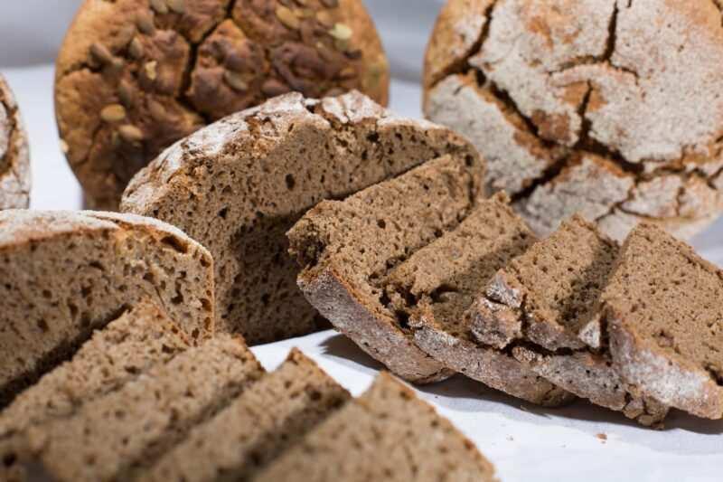 pane di segale 800x533 - Curiosità e tipologie del pane del Nord Italia