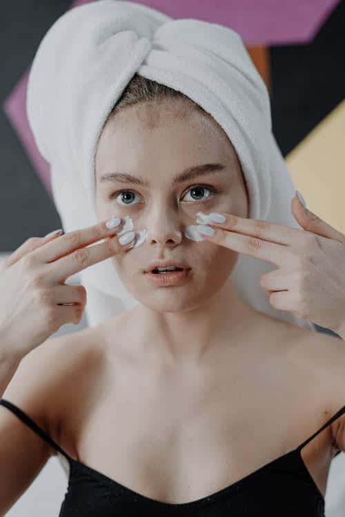 crema occhi - Come ridurre le occhiaie: i rimedi per uno sguardo giovane e fresco