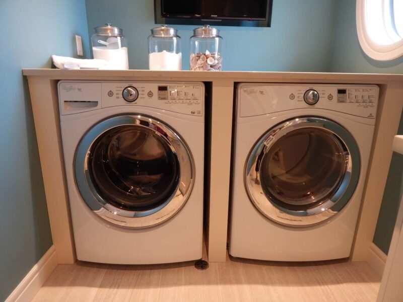 laundry room lavatrice asciugatrice 800x600 - Laundry room, come organizzare al meglio il locale lavanderia